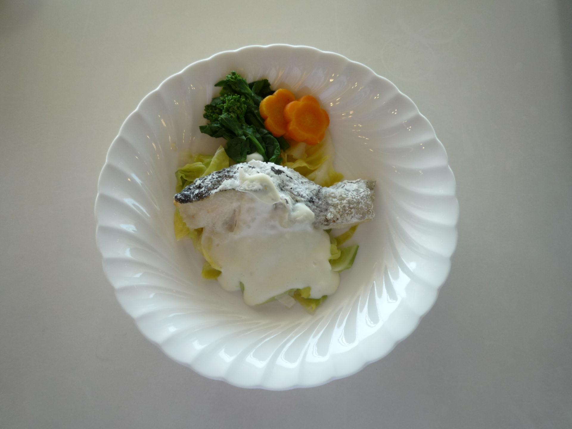 鱈のクリームソース~野菜添え~